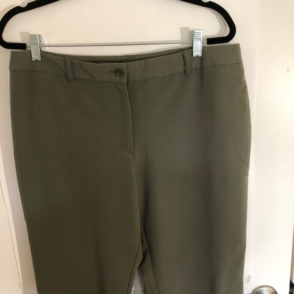 Sharagano Pants - Sharangano olive green career pants.